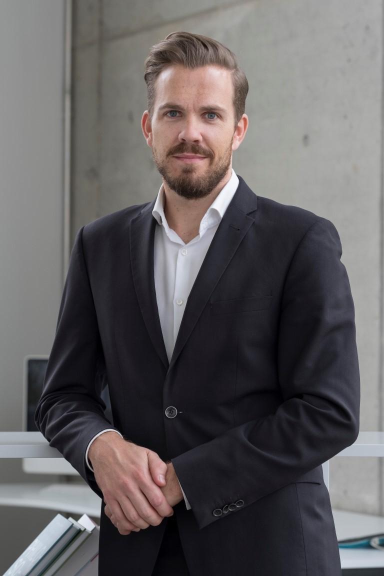 Dr. Tobias Hamm